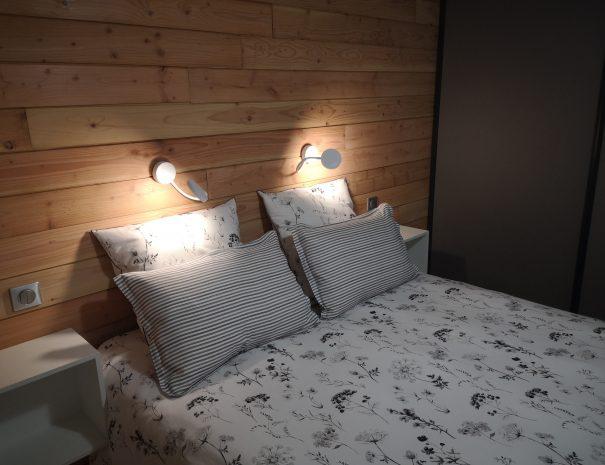 Dans ce lit de qualité, passez une bonne nuit